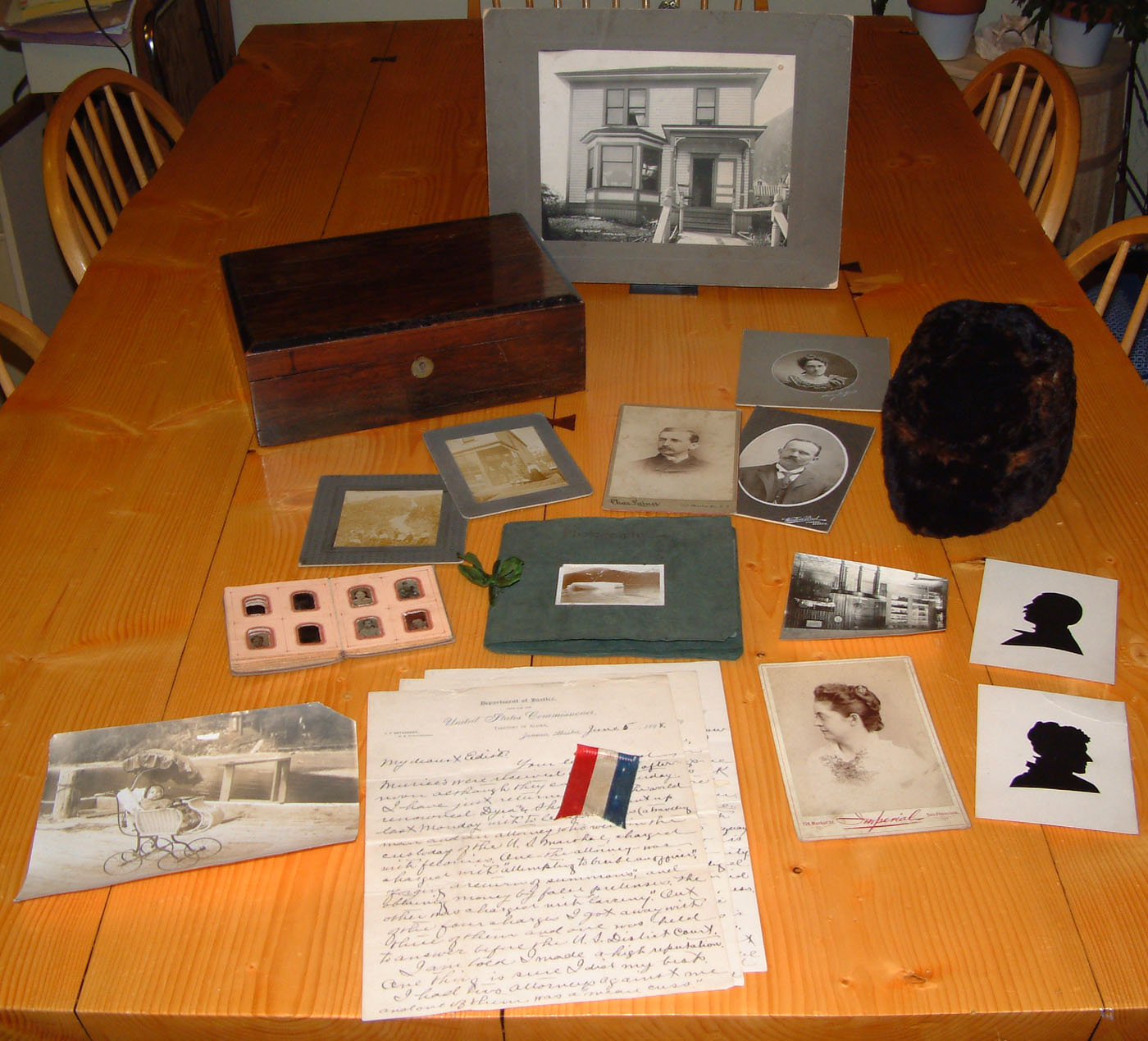 For sale: Important               1898 Alaska gold rush collection.